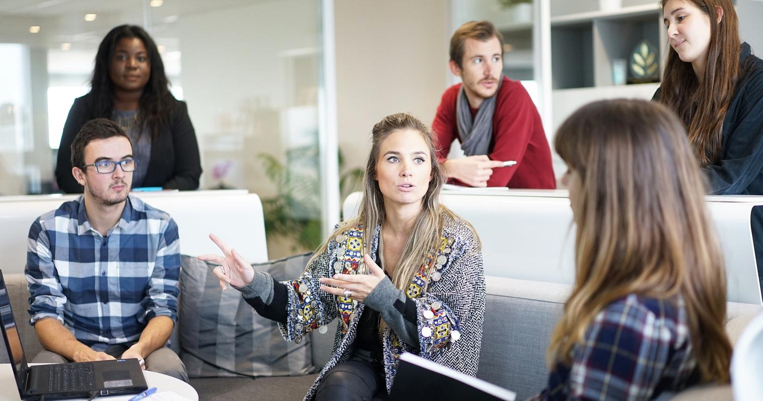 Millennials vs. Gen Z: Key Similarities and Differences in the Workplace